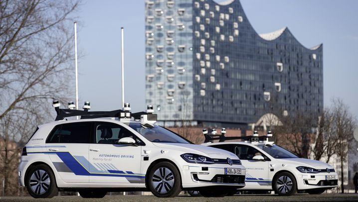 Teststrecke: VW fährt autonom durch Hamburg