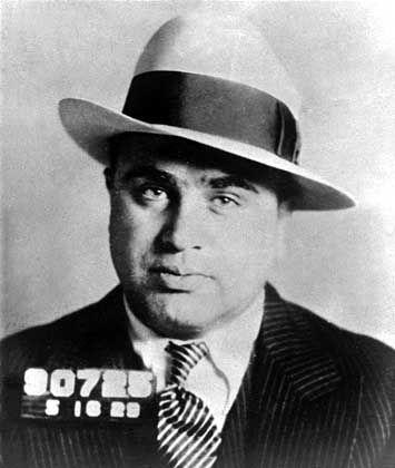 Verurteilt für 200.000 Dollar Steuerschulden: Gangsterboss Al Capone