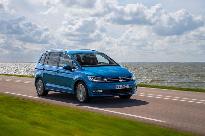 VW Touran: Der Familienväter-Favorit kam im Januar auf 36 Prozent Marktanteil im Minivan-Segment - Platz 8