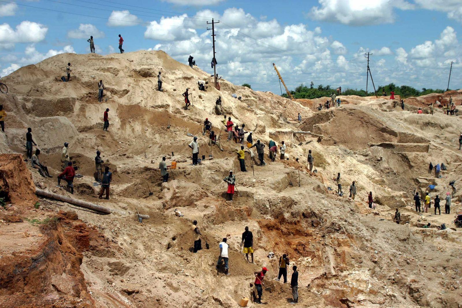 Metalle / Rohstoffe / Kongo / Mine / Kupfer u / o Kobalt