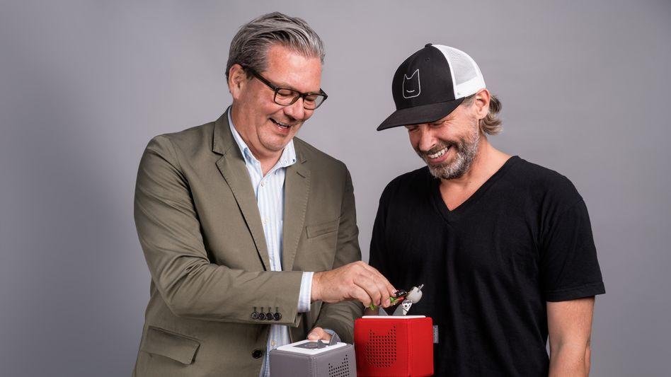 Kassenschlager: Jahrelang haben Marcus Stahl (l.) und Patric Faßbender ihre Hörspielboxen entwickelt – jetzt setzen sie 140 Millionen Euro um