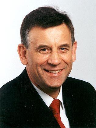 """Hermann Simon: Der Chairman der Unternehmensberatung Simon, Kucher & Partners. Sein Buch """"Manage for Profit, not for Share"""" richtet sich auch an deutsche Unternehmenslenker"""