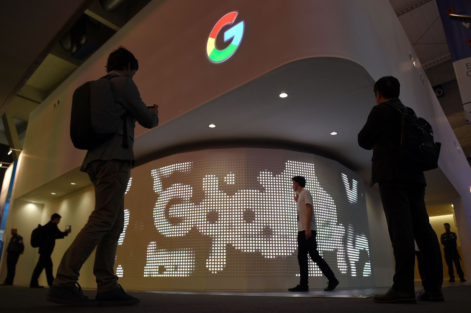 Mobile World Congress / Google