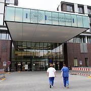 Krankhaus in Hamburg: Eine junge Frau ist hier in das Universitätskrankenhaus Eppendorf eingeliefert worden. Sie hatte sich in Mexiko mit dem Virus infiziert.