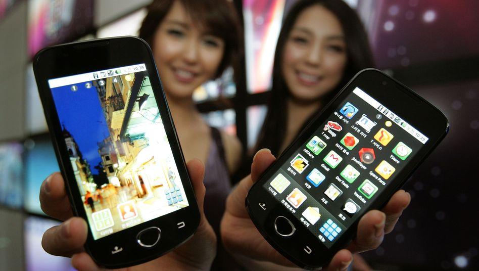 Mobile Arbeitsgeräte: Smartphones sind für viele Manager nicht mehr wegzudenken. Regierungsbeamte dürfen sie nicht nutzen