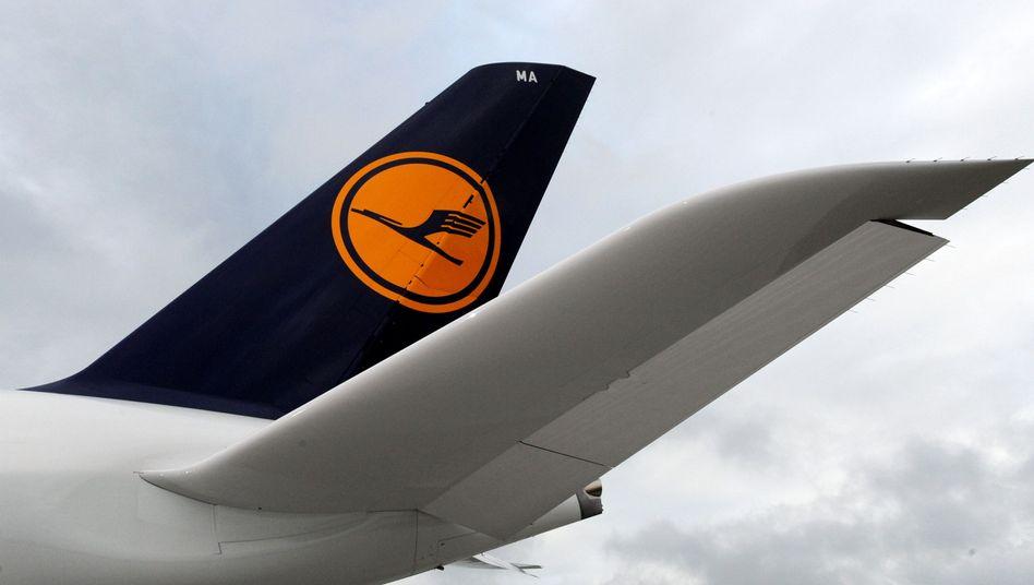 Lufthansa-Logo: Der Konzern steckt in schwierigen Verhandlungen