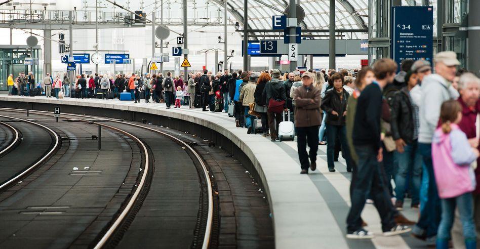 Wo bleibt der Zug? Wer Email-Anschluss hat, wird es künftig wissen