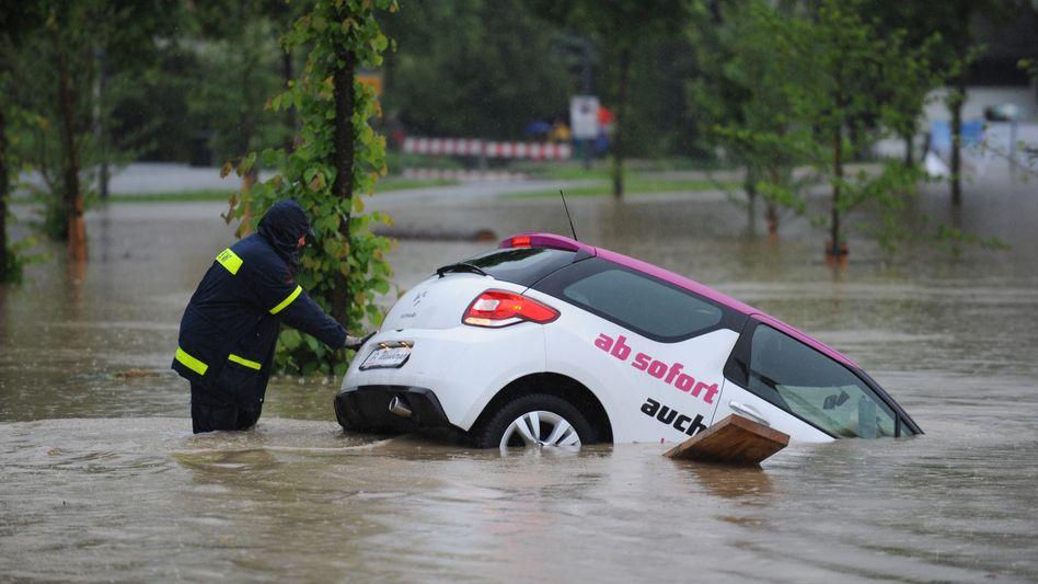 Kfz-Versicherung: Nicht nur bei Hochwasser sinnvoll