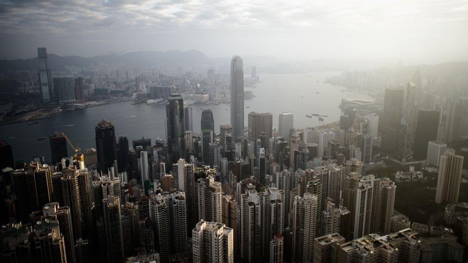 Blick auf Hongkong: Die Unruhen in der Stadt sind bislang nicht in der Immobilienbranche angekommen.