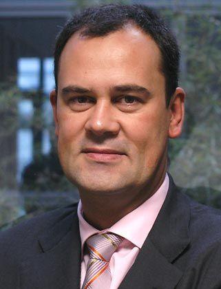 """Der Diplom-Kaufmann André Mindermann ist Mitbegründer und Geschäftsführer der Enterprise Consulting GmbH. Neben seiner Beratertätigkeit beschäftigt sich Mindermann intensiv mit dem Thema """"Ethik und Moral in der Wirtschaft"""""""
