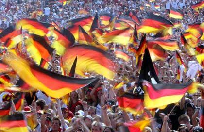 Leidenschaft und Leichtigkeit: Die Fifa Fußball-WM versetzt Deutschland in eine euphorische Stimmung