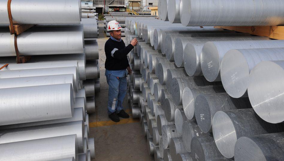 Aluminium-Rollen: Preisdruck zwingt Alcoa zu Einschnitten bei der Produktion und in der Belegschaft