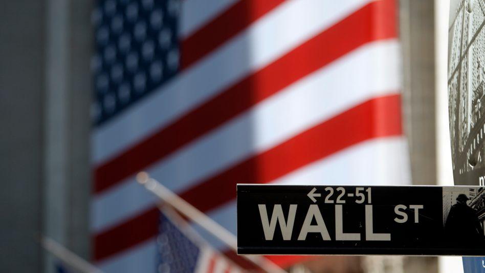 Börse in New York: Die globale Wirtschaft zeigt sich widerstandsfähig - doch Spekulationen am Anleihenmarkt sorgen für große Nervosität unter Investoren