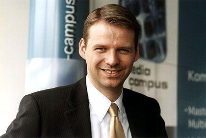 """Tobias Kollmann: Inhaber des Lehrstuhls für Electronic Business an der Universität Kiel und Autor des Buches """"E-Venture-Capital - Unternehmensfinanzierung in der Net Economy"""""""