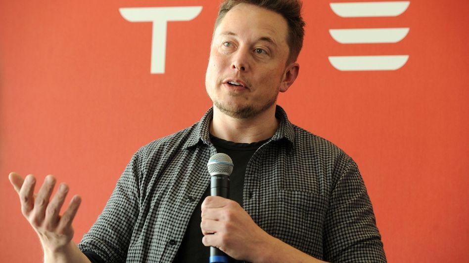 Tesla-Chef Elon Musk: Musk macht Witze, Aktie stürzt ab
