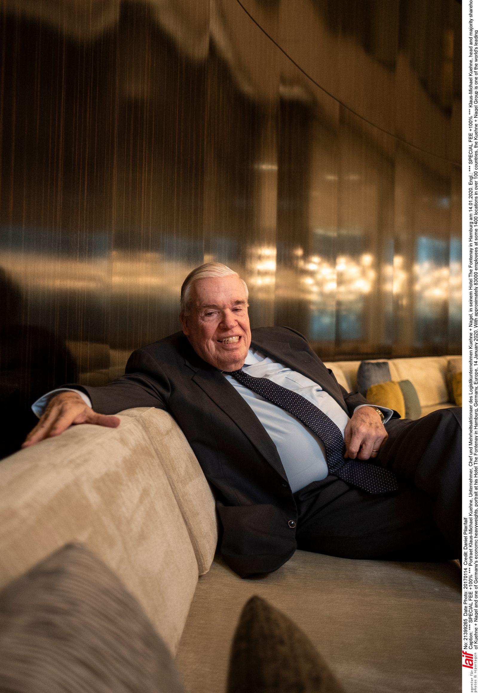 Klaus-Michael Kühne - Unternehmer Chef und Mehrheitsaktionaer des Logistikunternehmen Kühne + Nagel, in seinem Hotel The Fontenay in Hamburg.