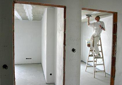Isolieren, spachteln, malen: Der Bestand an renovierungsbedürftigen Wohnungen wächst