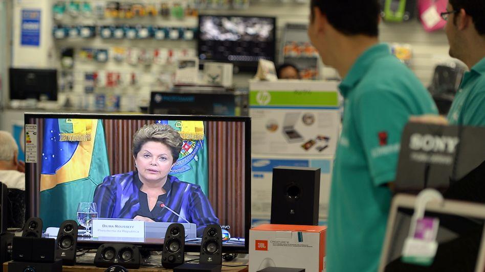 Brasiliens Präsidentin Dilma Roussef: Experten halten Leitzinsen von bis zu 12 Prozent für nötig, um die Inflation einzudämmen