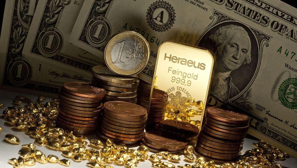 Schwacher Dollar beflügelt Rohstoffkäufe: Der Euro ist über die Marke von 1,44 Dollar gestiegen