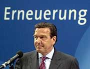 """""""Sommer hat gut gearbeitet"""": Kanzler Gerhard Schröder"""