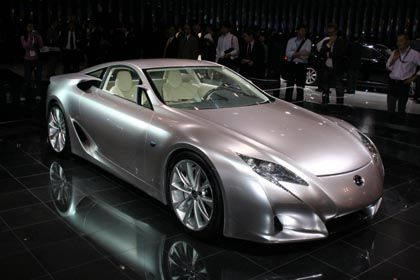 Starker Auftritt: Sportwagen-Studie von Lexus