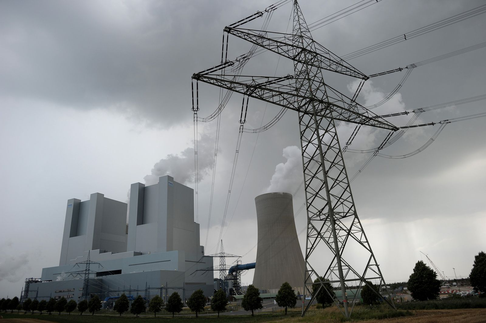 RWE nimmt neue Braunkohleblöcke in Betrieb