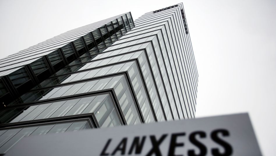 Lanxess-Zentrale in Köln: AR-Chef Rolf Stomberg will seinen Posten abgeben