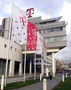 Telekom-Zentrale in Bonn: Schlechte Nachrichten vom Amtsgericht Leer