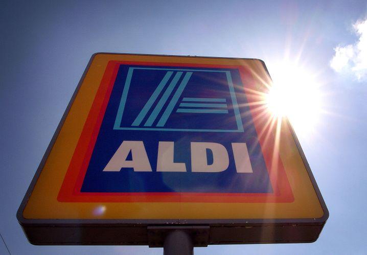 Platz 5: Familien Albrecht und Heister; Aldi Süd, Mülheim/Ruhr; Einzelhandel, Immobilien; 21,5 Mrd. Euro (+ 1,5 Mrd.)