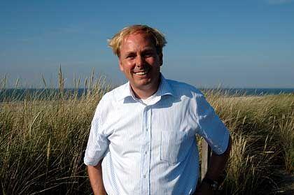 Der Mann ist auf Spiekeroog ein Dauerthema: Niels Stolberg, Reeder aus Bremen