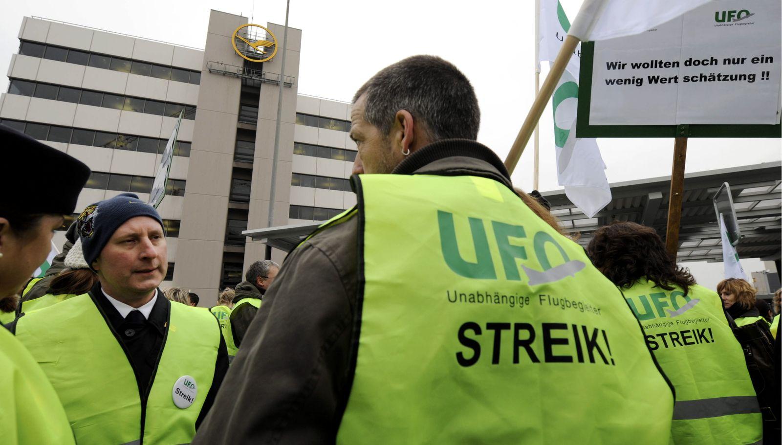 NICHT VERWENDEN Lufthansa / UFO / Streik