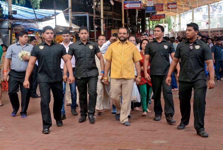 Der Mann mit dem Goldhemd: Der Inder Pankaj Parakh ließ sich im vergangenen Jahr ein Hemd aus purem Gold fertigen