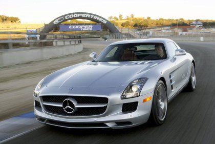 Rasante Qualitäten: Auf der Rennstrecke bewies der Mercedes SLS AMG seinen Charakter