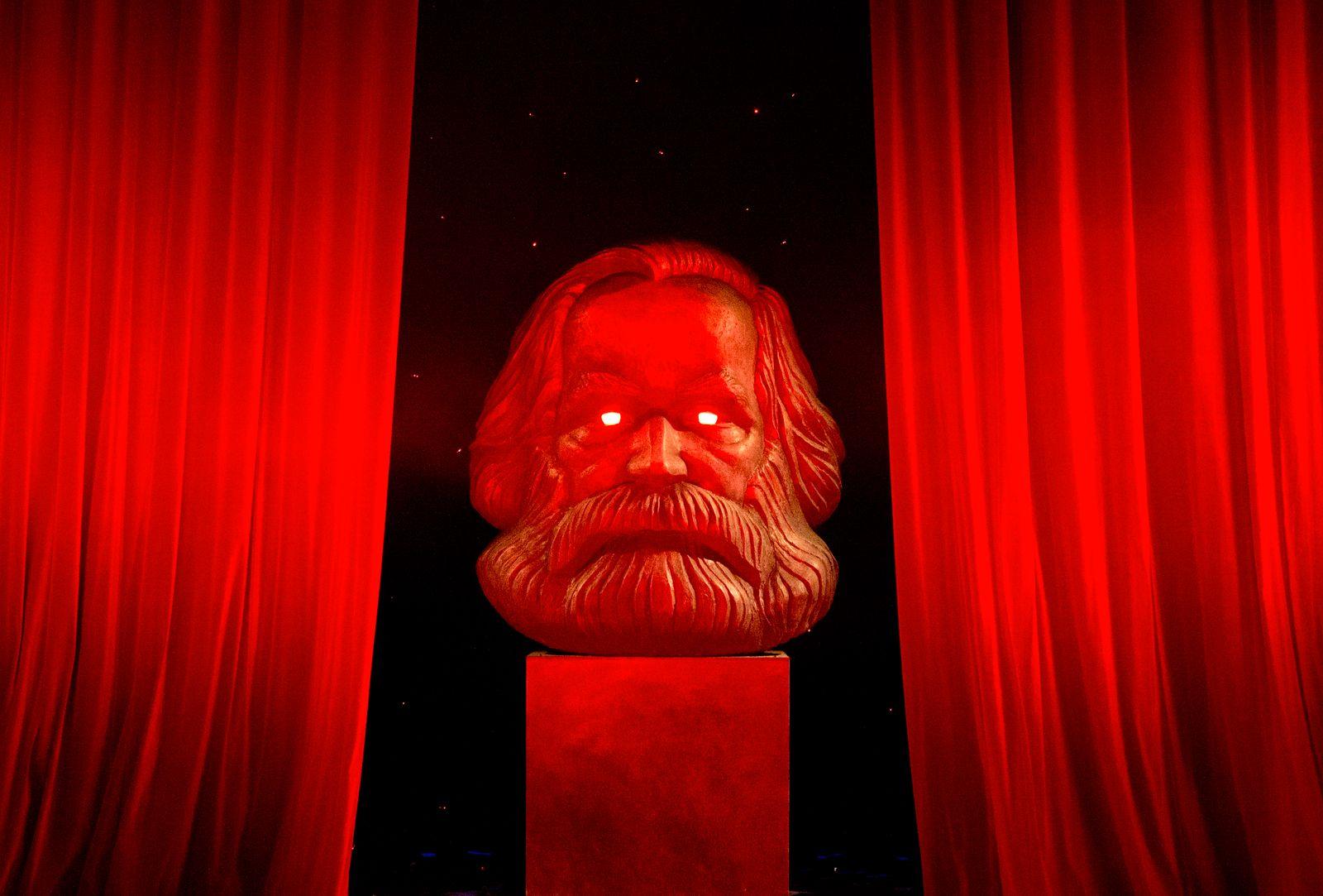 Karl Marx Skulptur