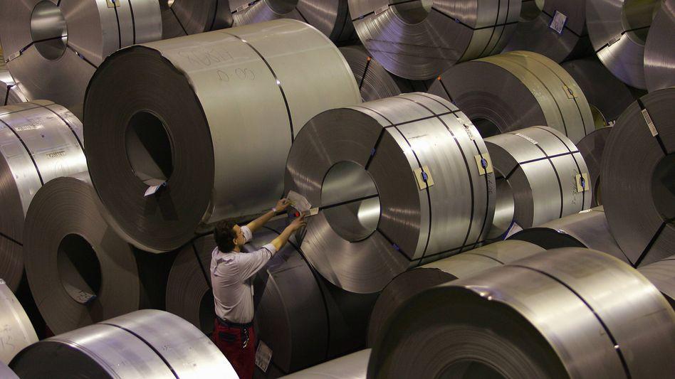 Künftig von Wuhan gesteuert: Stahlcoils im Duisburger Lager von Tailored Blanks