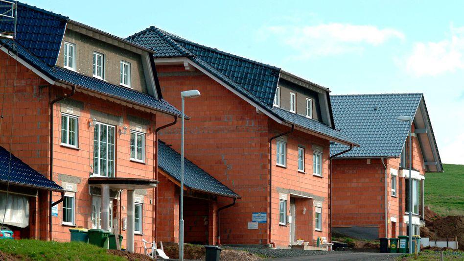 Eigenheime bei Frankfurt: Nach der Reform der Grundsteuer dürfte für viele Eigentümer die Belastung steigen