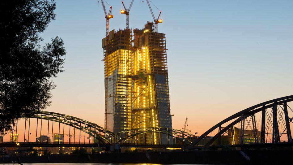 EZB-Neubau in Frankfurt: Kritiker bezweifeln, dass das Programm wirkt