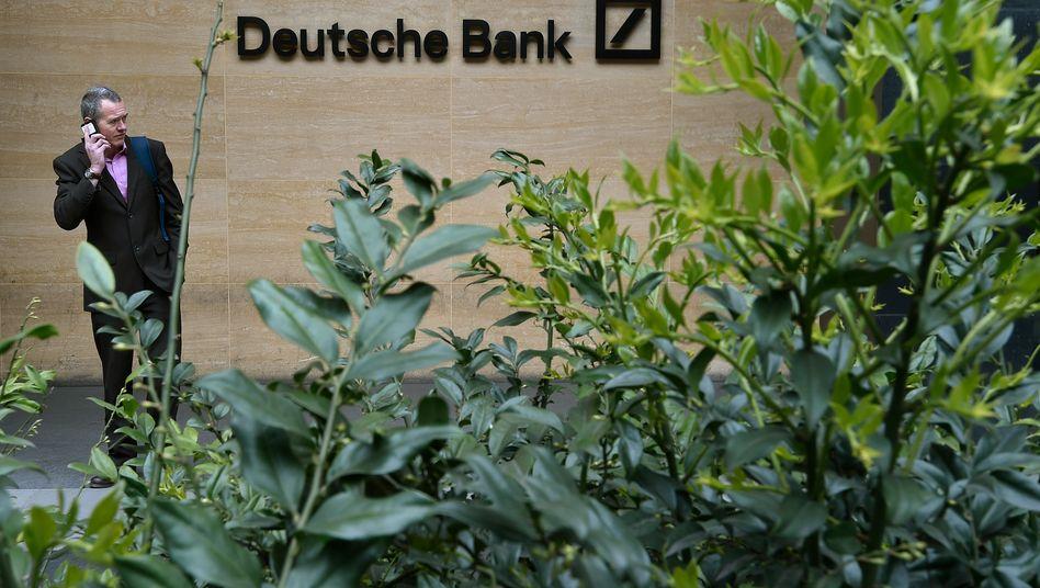 Deutsche Bank: Das Institut konnte durch Einsparungen die Kosten deutlich senken