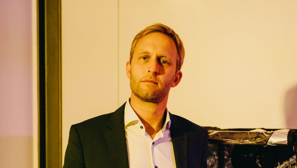 Maschinenlehrer: Björn Eskofier kombiniert Sensoren und künstliche Intelligenz für individuelle Arzneitherapien