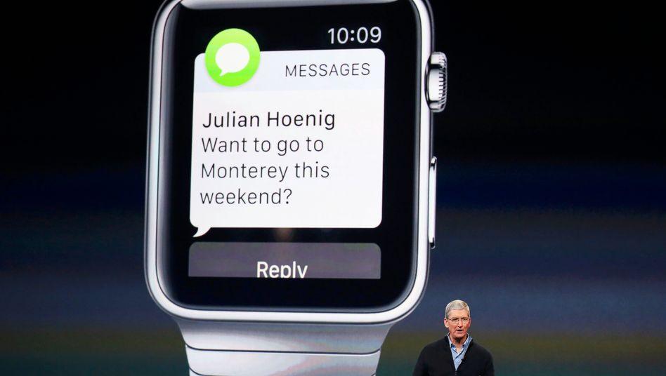 So richtig zufrieden kann Apple CEO Tim Cook mit dem Erfolg der Apple Watch nicht sein. Inzwischen mehren sich die Zeichen, dass die jüngste Apple-Innovation floppt