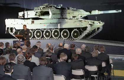 Präsentation des Leopard 2