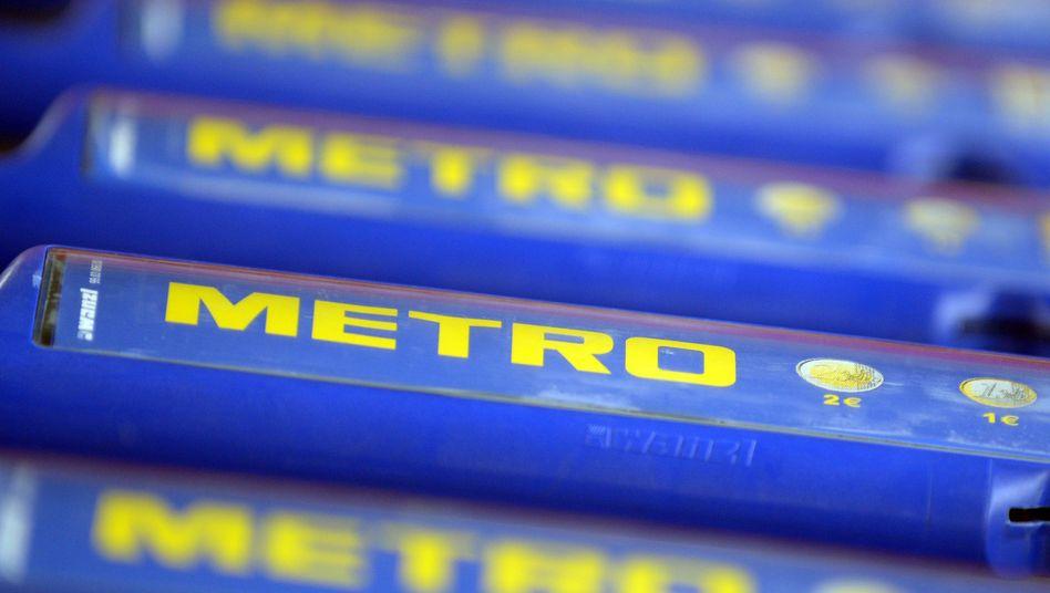 Metro-Einkaufswagen in Düsseldorf: Der Umsatz ist im dritten Quartal um knapp 20 Prozent eingebrochen