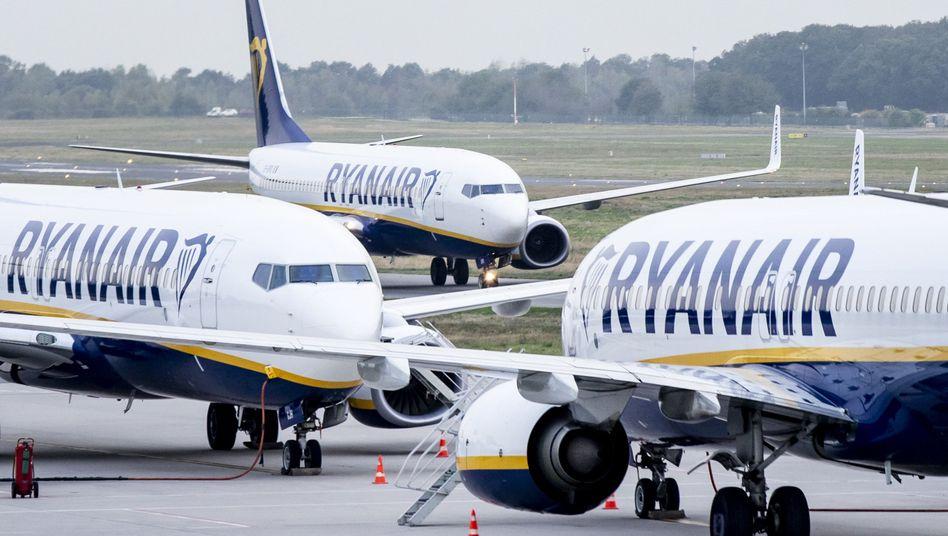 Flieger von Ryanair: Die irische Gesellschaft leidet unter dem Flugverbot für Maschinen des Typs Boeing 737 Max.