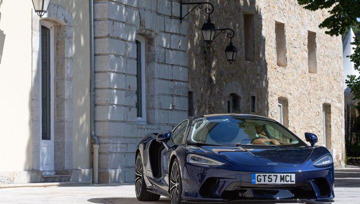 Autogramm McLaren GT: Reisen und Rasen