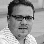 """Klaus Werle, Jahrgang 1973, studierte Geschichte, Anglistik und Germanistik in Heidelberg und Exeter. Er ist Absolvent der Henri-Nannen-Journalistenschule und heute Redakteur beim manager magazin. Sein Buch """"Die Perfektionierer"""" zeigt, warum das permanente Optimieren in Ausbildung, Beruf und Alltag längst nicht immer die erhofften Vorteile bringt - und wer davon profitiert."""