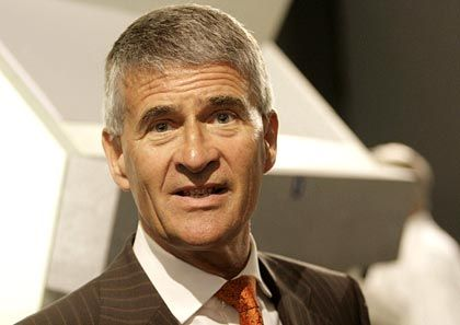 """""""Rohstoffpreise bleiben hoch"""": Damit rechnet BASF-Chef Hambrecht"""