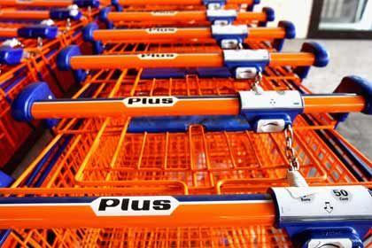 """Rente im Einkaufswagen: Der Discounter Plus verkaufte vor wenigen Wochen die """"DeutschlandRente"""" und kassierte dafür Provision. Der Fall beschäftigt bereits die Finanzaufsicht."""