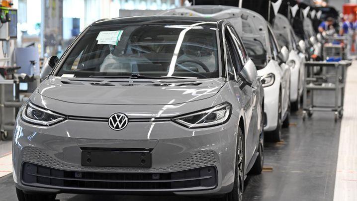 VWs Elektro-Hoffnung ID. 3 kommt auf die Straße
