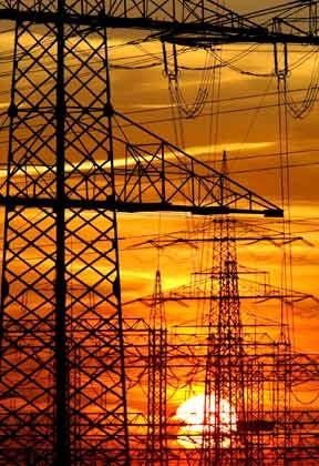 Gut vernetzt: Stromkonzerne in Europa wollen einen gemeinsamen Markt gründen und damit ihrer Zerschlagung entgehen
