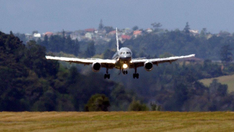 Boeing 757 bei der Landung: Feuer im Cockpit möglich